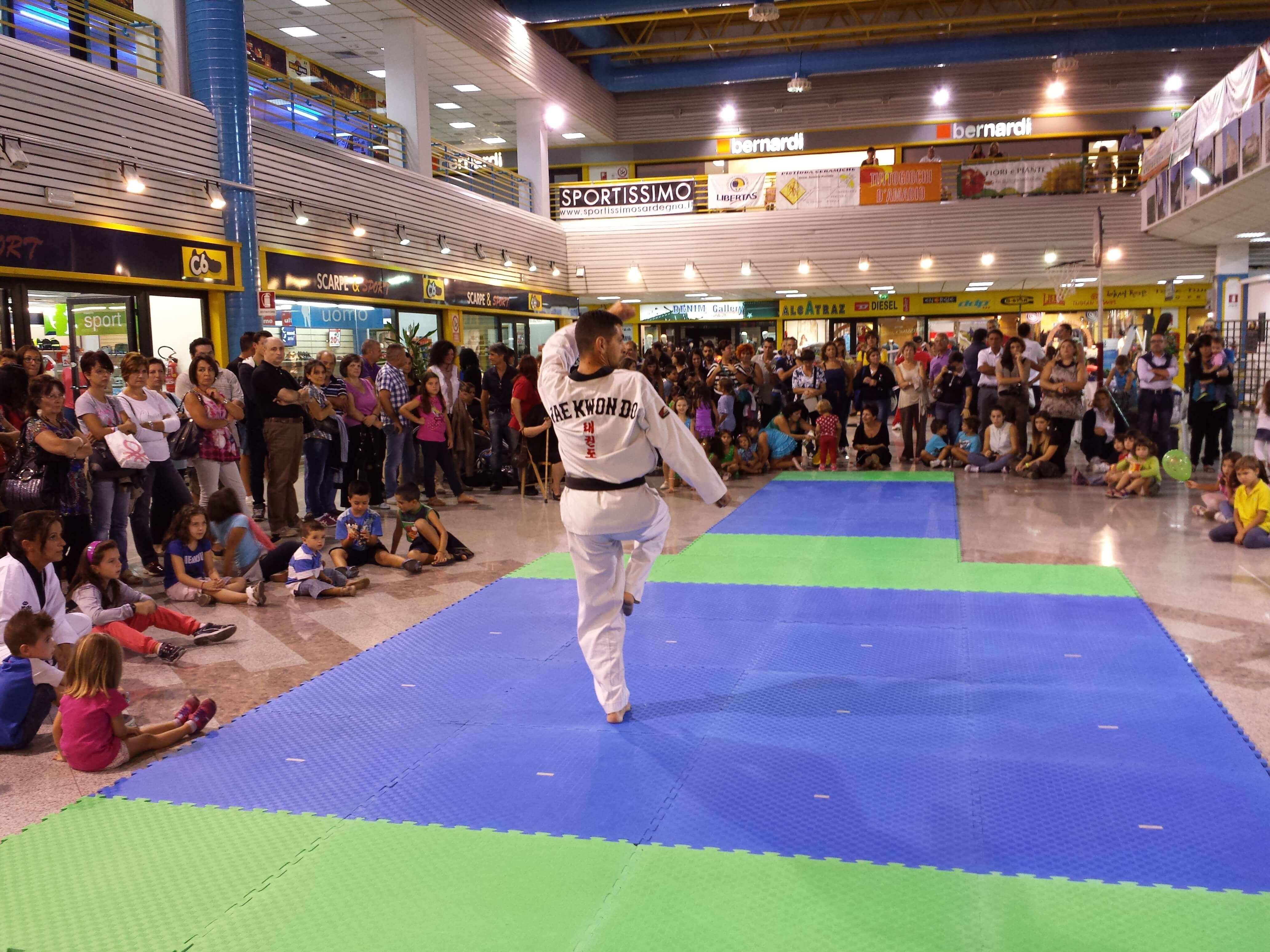 sport in piazzetta - Centro Comm. la piazzetta